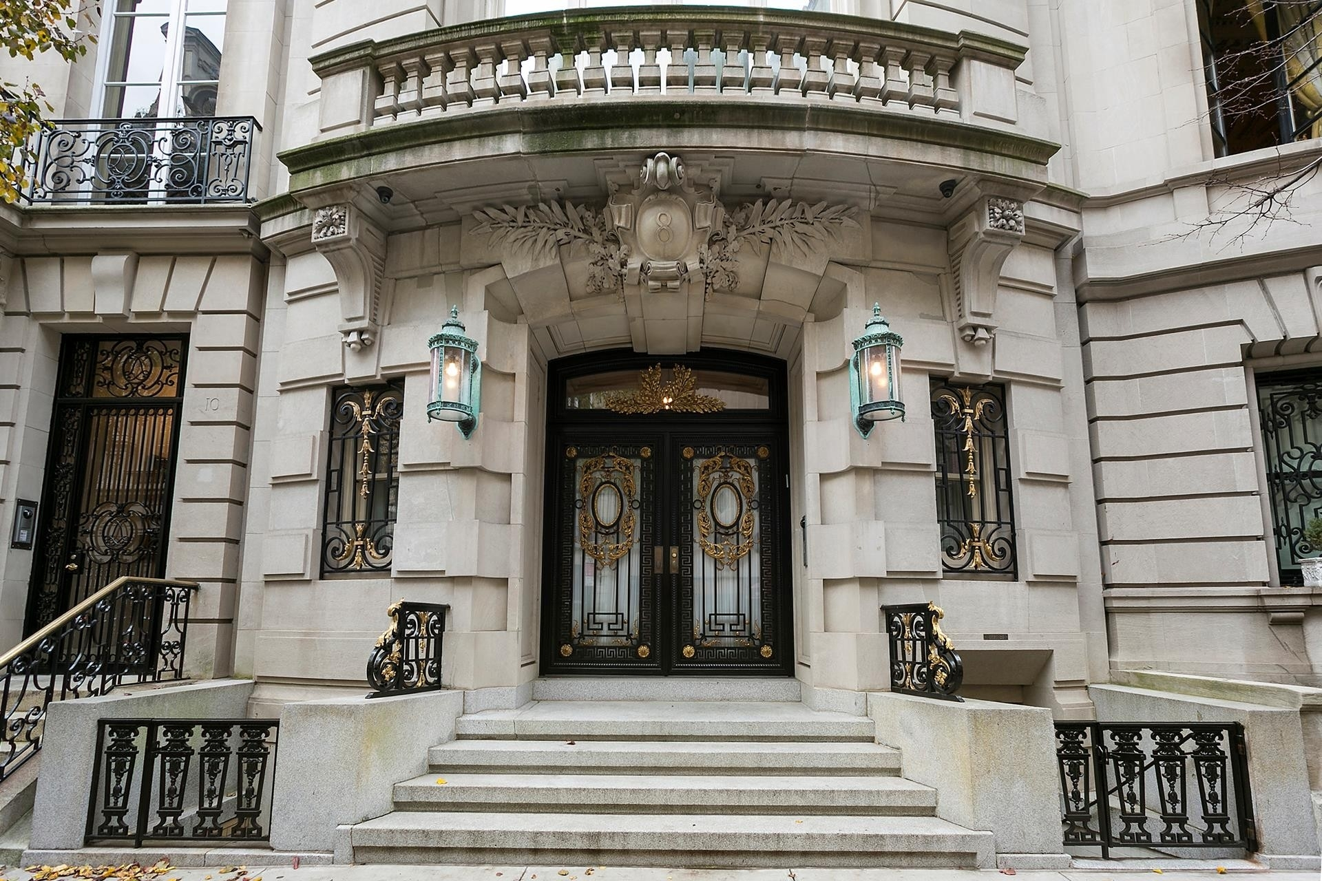 2. building at 8 East 62nd St, Lenox Hill, New York, NY