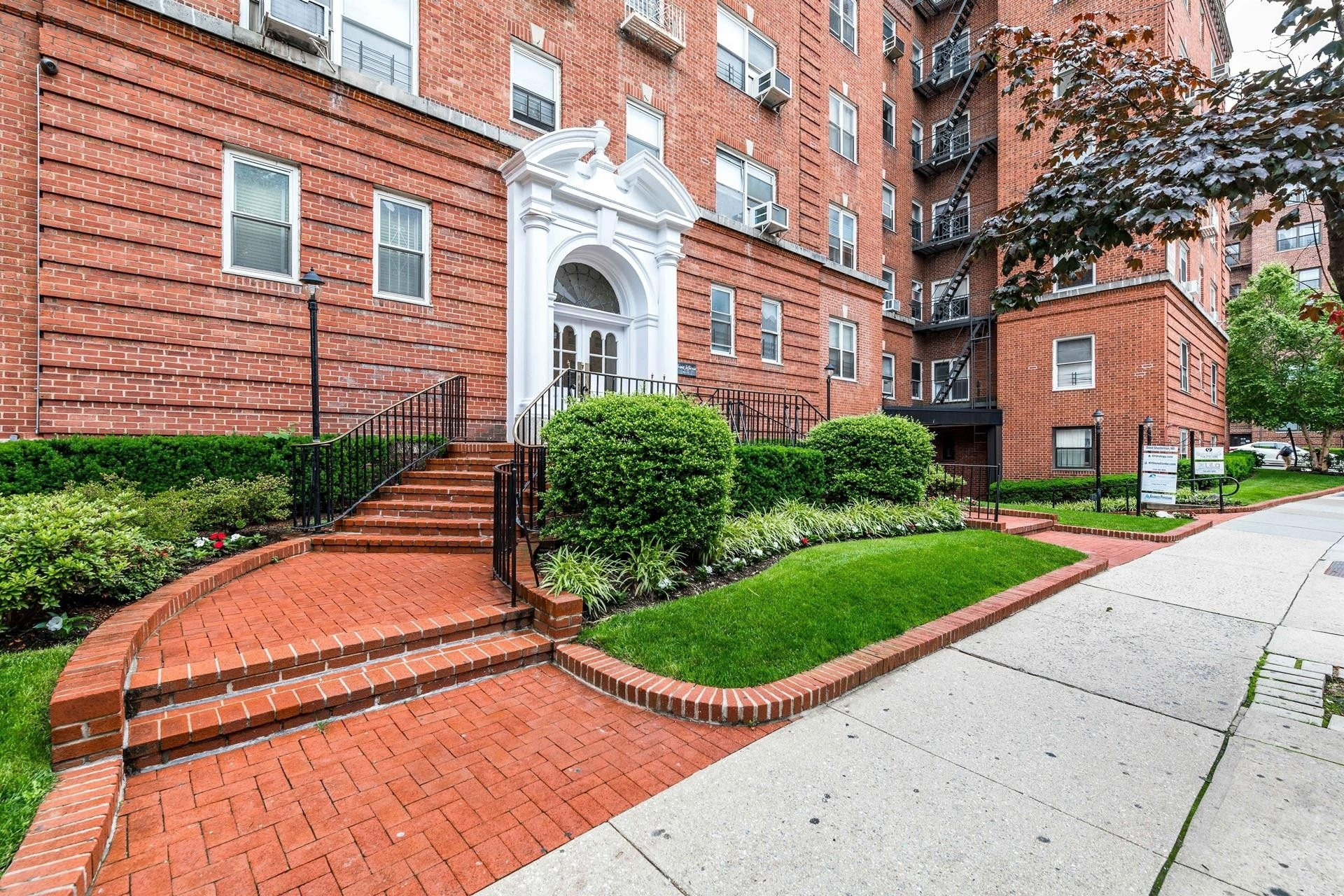 Co-op Properties at 69-11 Yellowstone Boulevard, A47 Queens