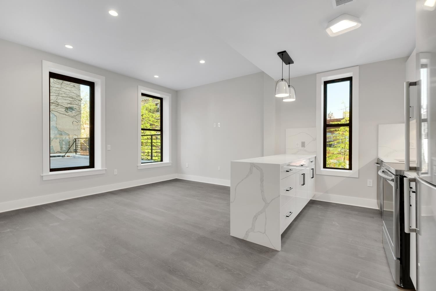 Новая постройка в 32 Fifth Avenue, 2A Brooklyn