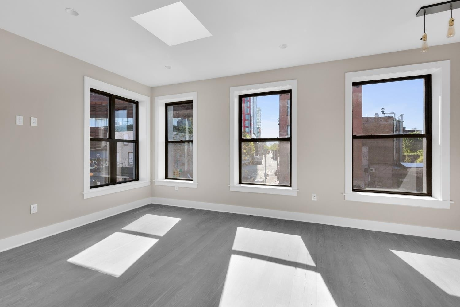 Новая постройка в 32 Fifth Avenue, 3A Brooklyn