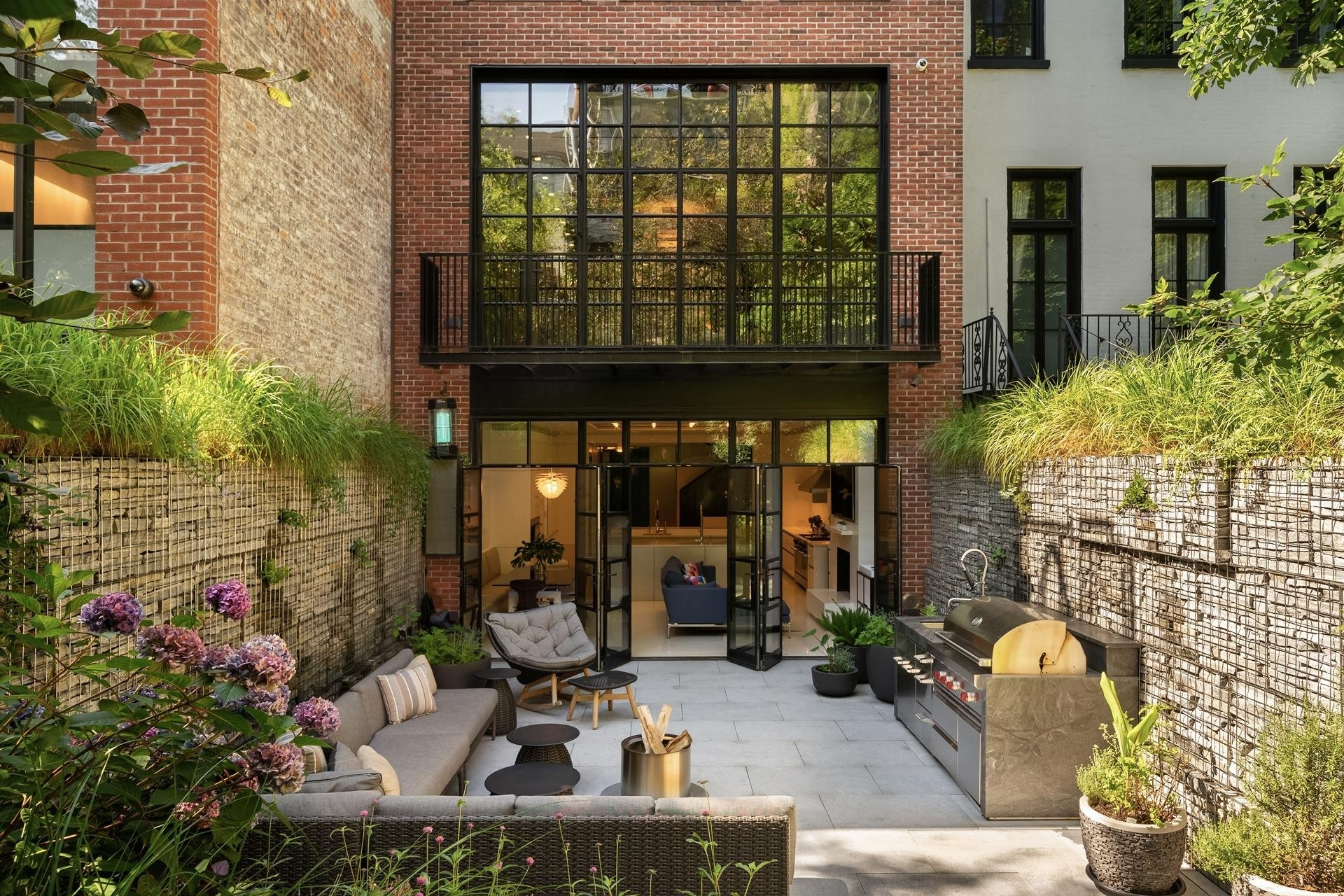 11. Single Family Townhouse for Sale at West Village, New York, NY 10014