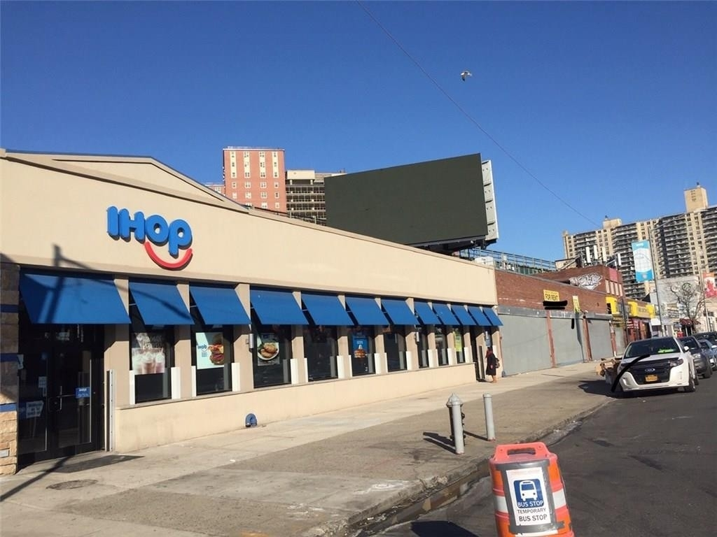 Commercial / Office for Sale at Coney Island, Brooklyn, NY 11224