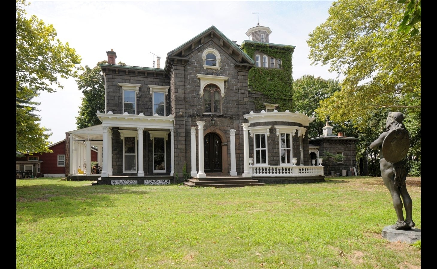3. THE STEINWAY MANSION建於18-33 41st St, Astoria, Queens, NY
