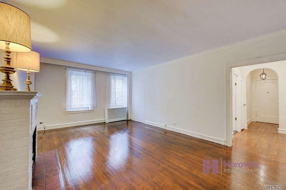 6. Co-op Properties for Sale at 150 Burns St , 2D Forest Hills, Queens, NY 11375