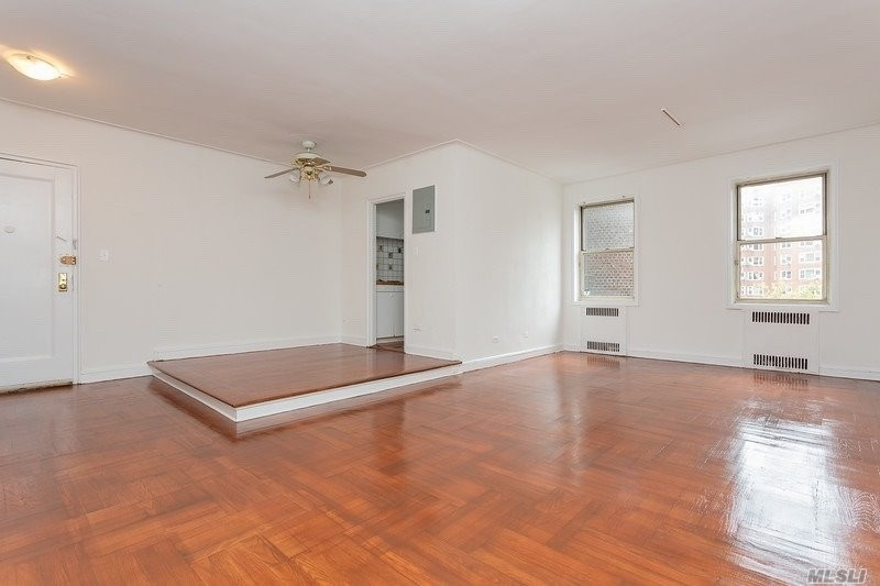 Co-op Properties for Sale at 110-31 73rd Road, 3L Forest Hills, Queens, NY 11375