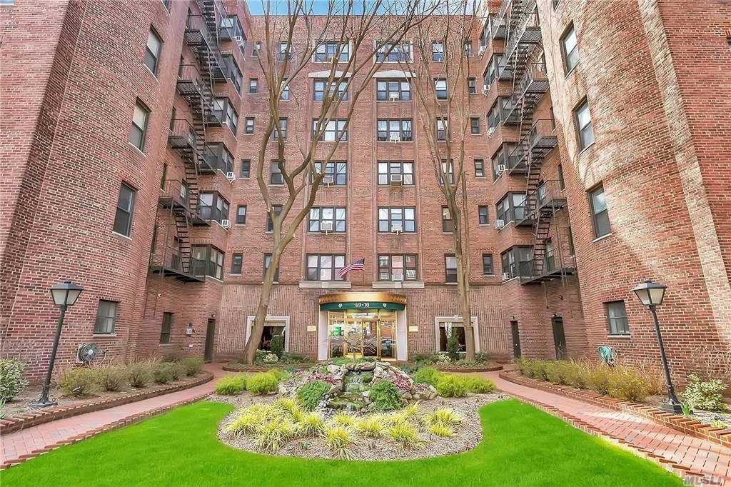 Co-op Properties at 69-10 Yellowstone Boulevard, 509 Rego Park, Queens, NY 11375