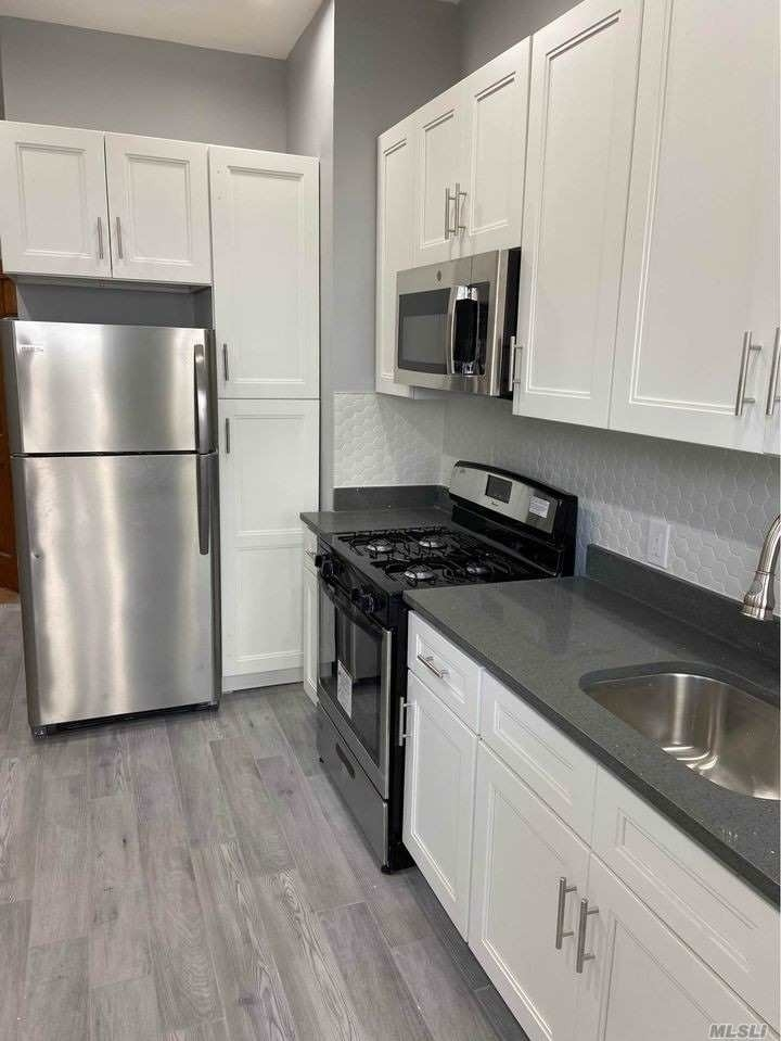 Property at 204-19 Jamaica Ave, 1R Bellaire West, Queens, NY 11423