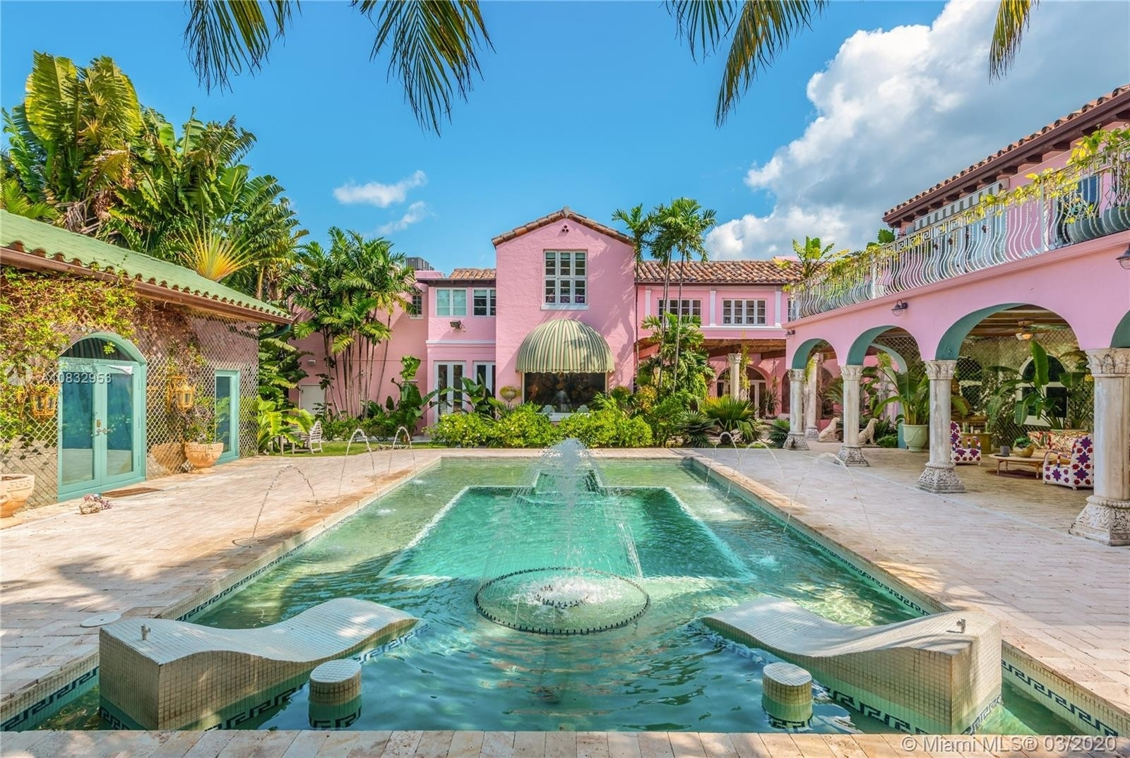 Single Family Home at Miami Beach