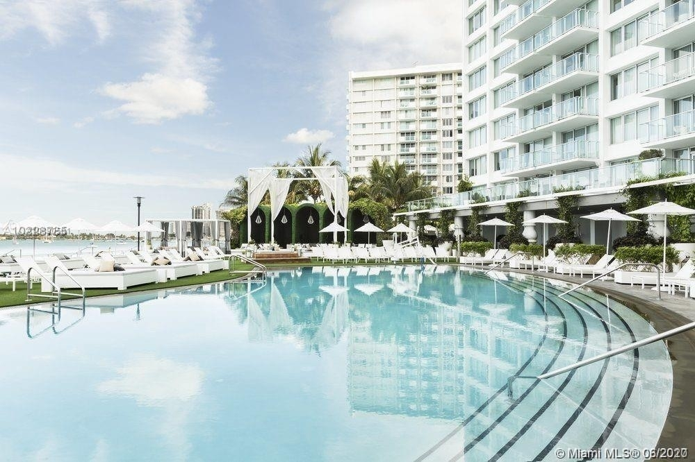 Condominium at 1100 West Ave , 827 Miami Beach