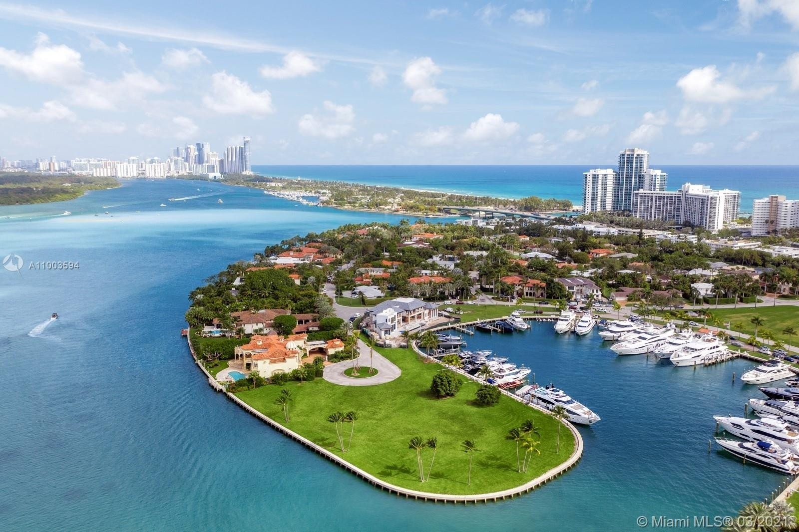 2. Single Family Homes for Sale at Bal Harbour, FL 33154