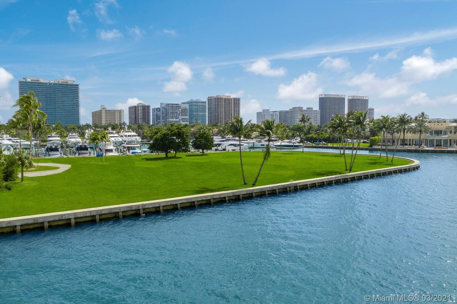 9. Single Family Homes for Sale at Bal Harbour, FL 33154
