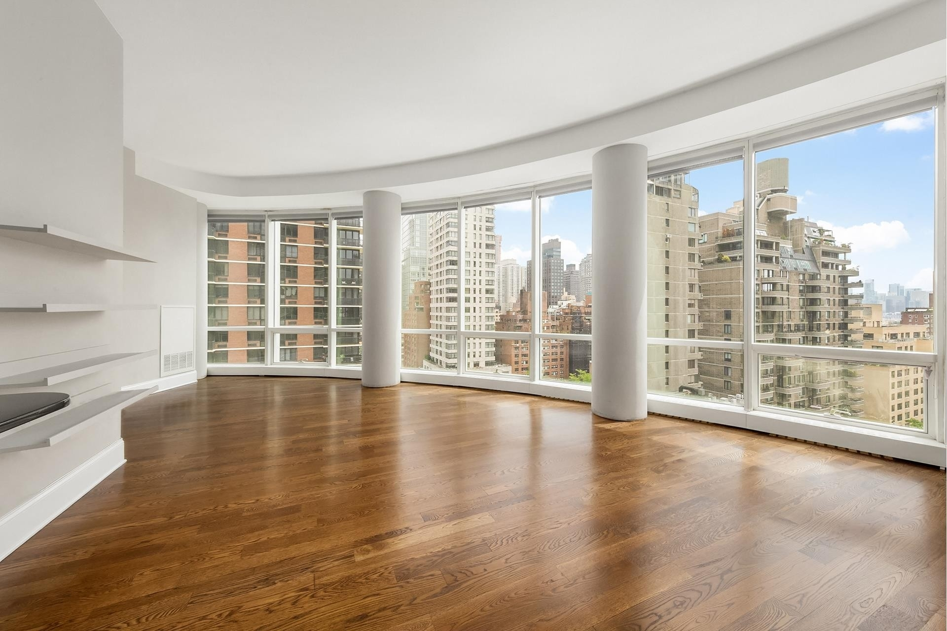 Condominium at The Alexander, 250 East 49th St, 11CD Turtle Bay, New York