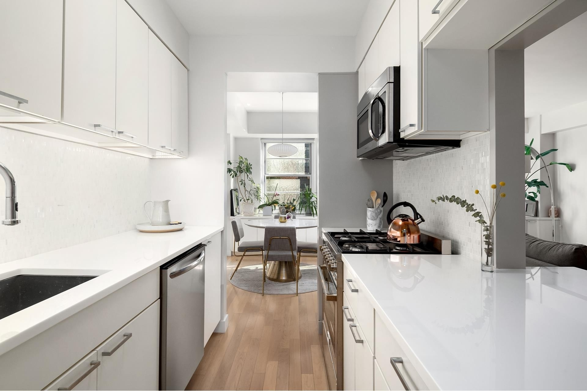 2. Rentals at 245 East 80th St, 3H New York