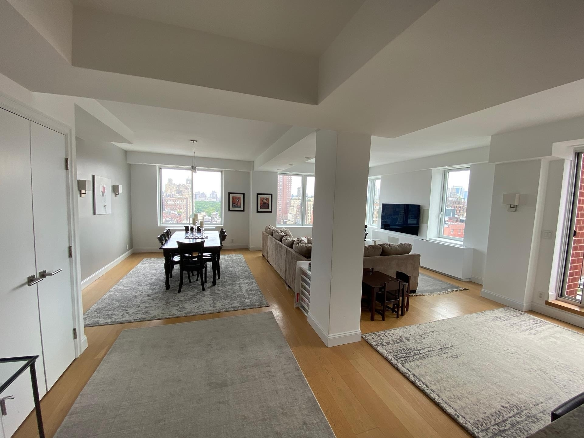 Property at 2250 Broadway, 21AC New York