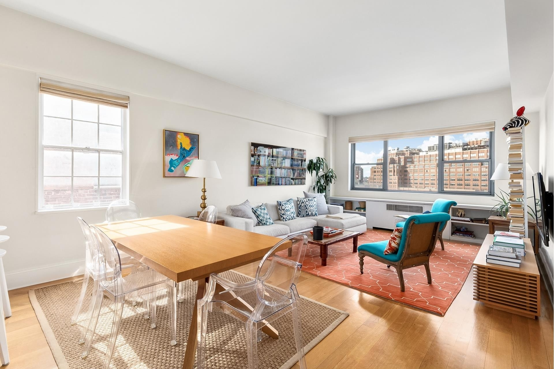 2. Co-op Properties por un Venta en 2 Horatio St, 17R West Village, New York, NY 10014