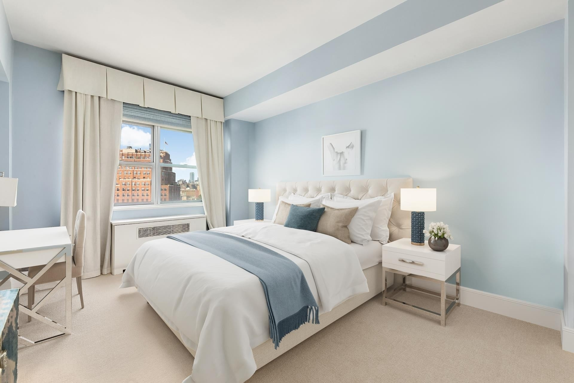 6. Co-op Properties por un Venta en 2 Horatio St, 17R West Village, New York, NY 10014
