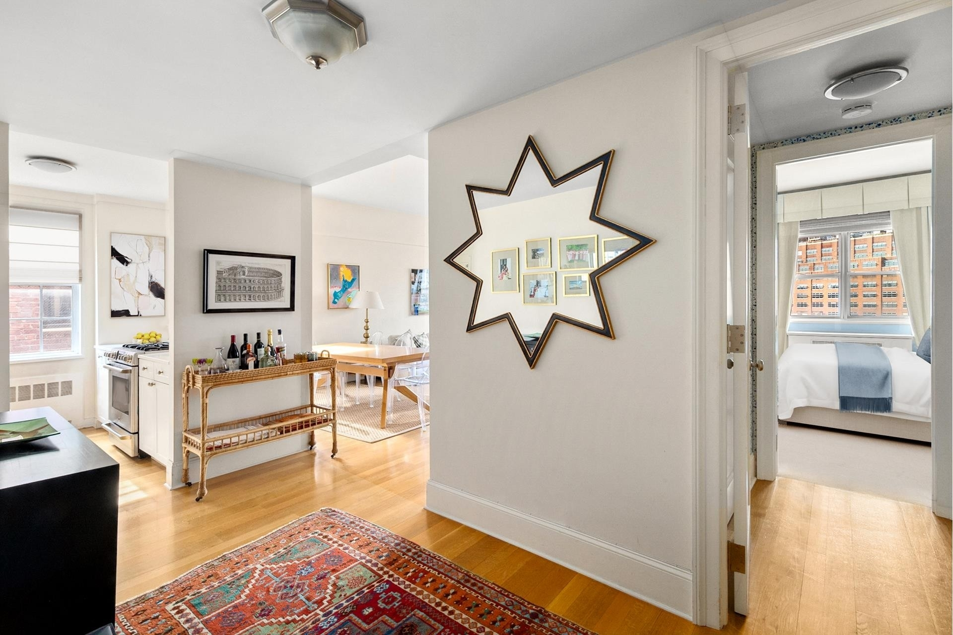 5. Co-op Properties por un Venta en 2 Horatio St, 17R West Village, New York, NY 10014