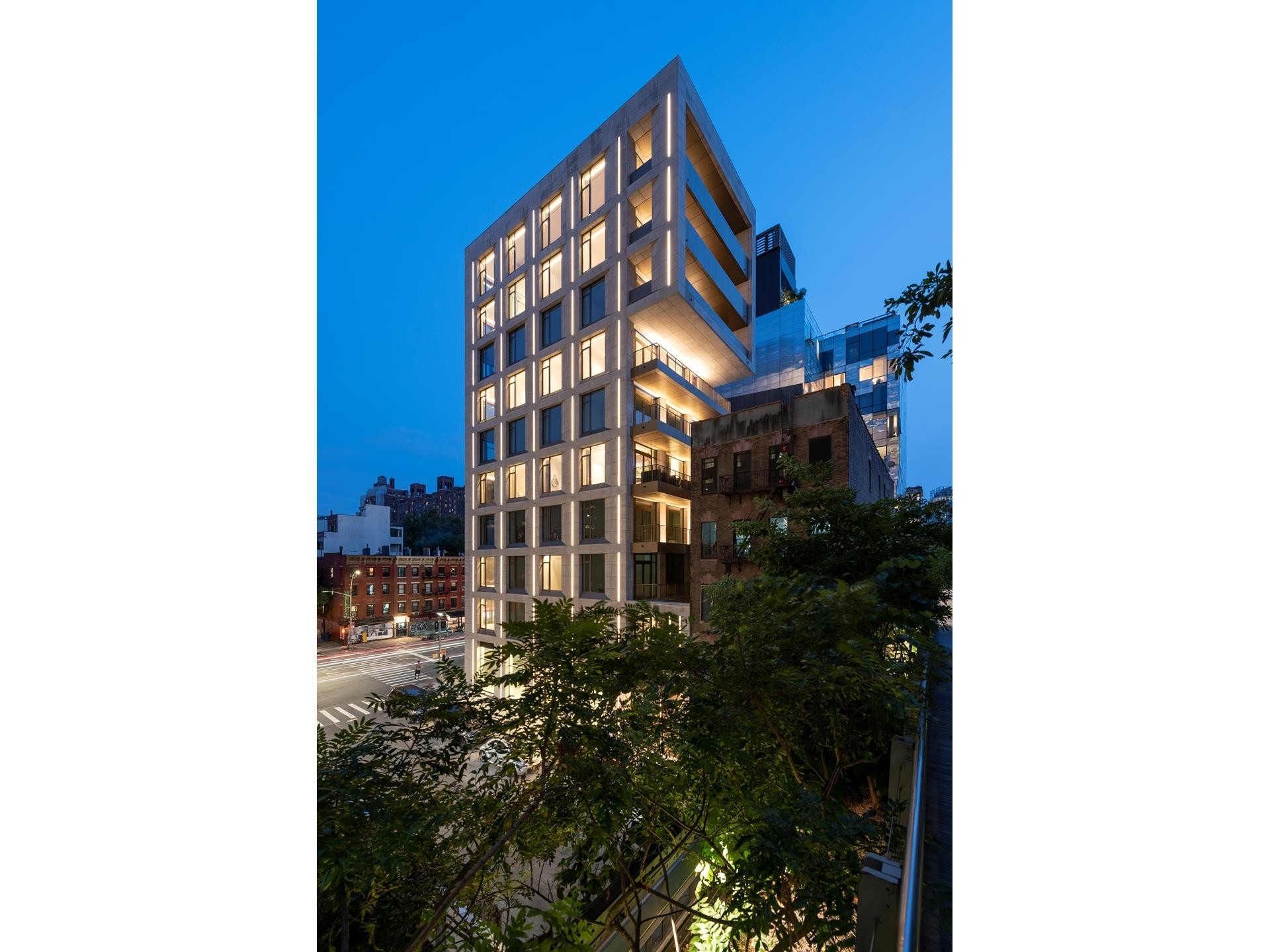 25. Condominiums for Sale at 500 W 25TH ST , PH Chelsea, New York, NY 10001