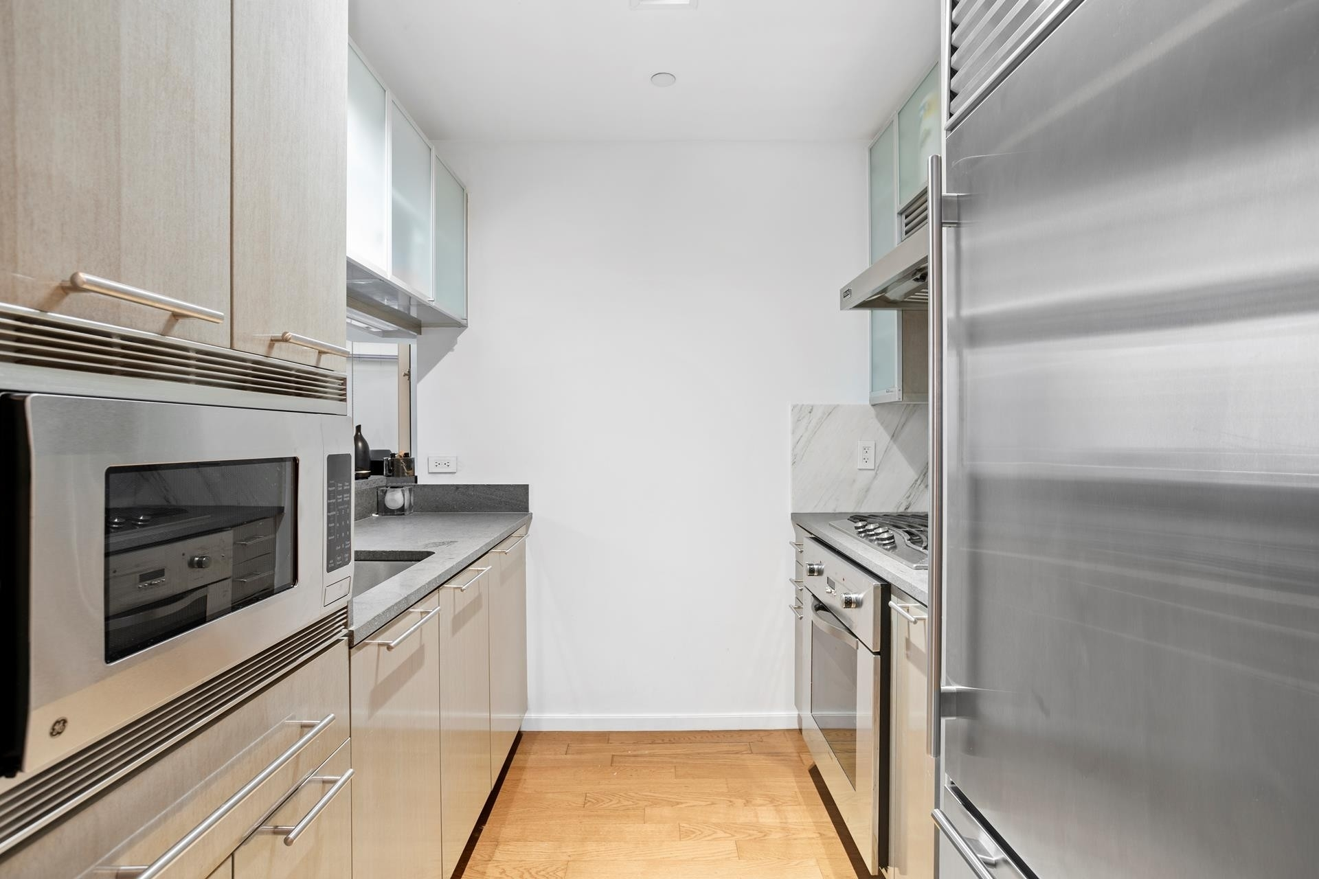 Property at 200 Chambers St, 7T TriBeCa, New York, NY 10007
