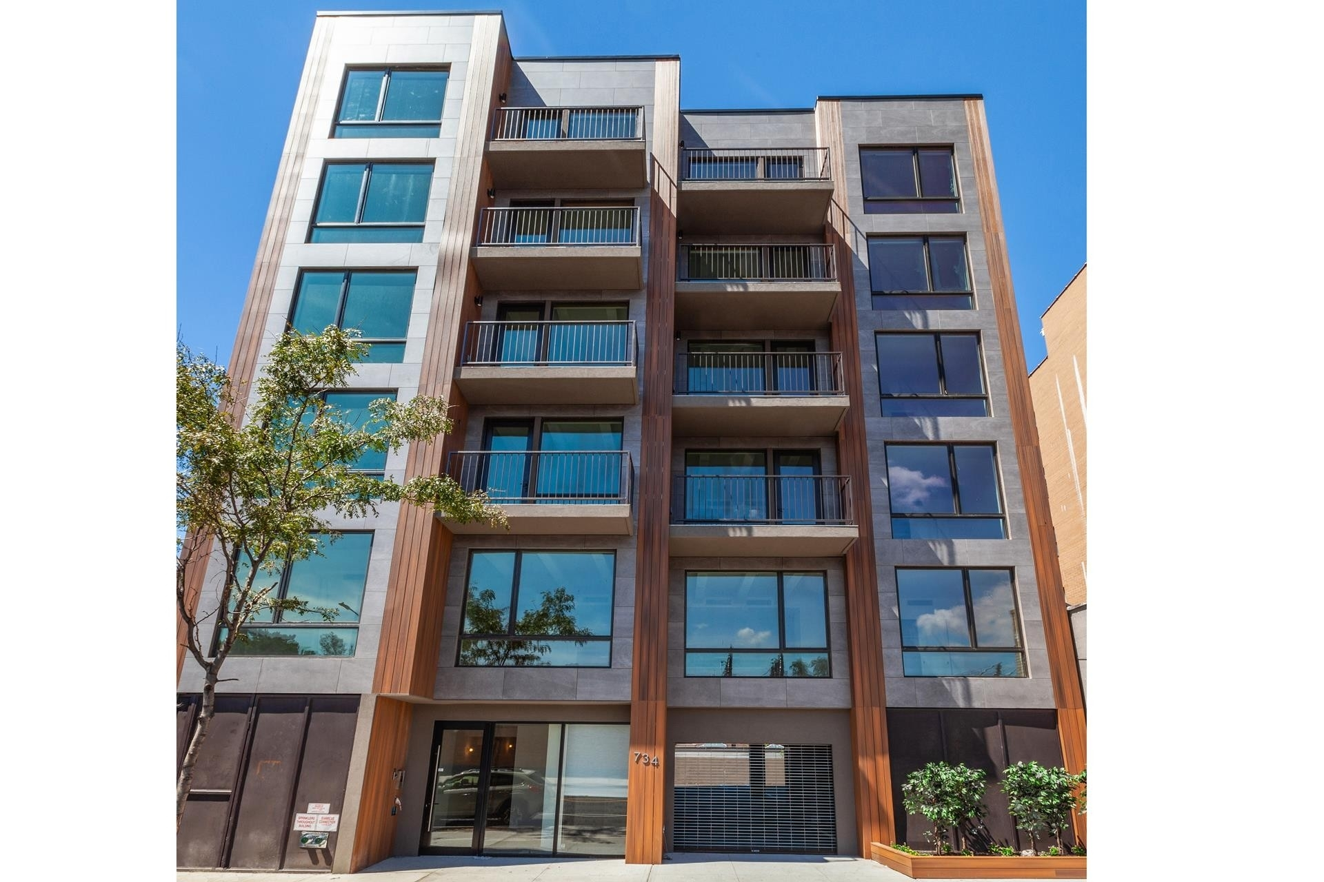13. Condominiums for Sale at 734 Fifth Avenue, 6B Greenwood, Brooklyn, NY 11232