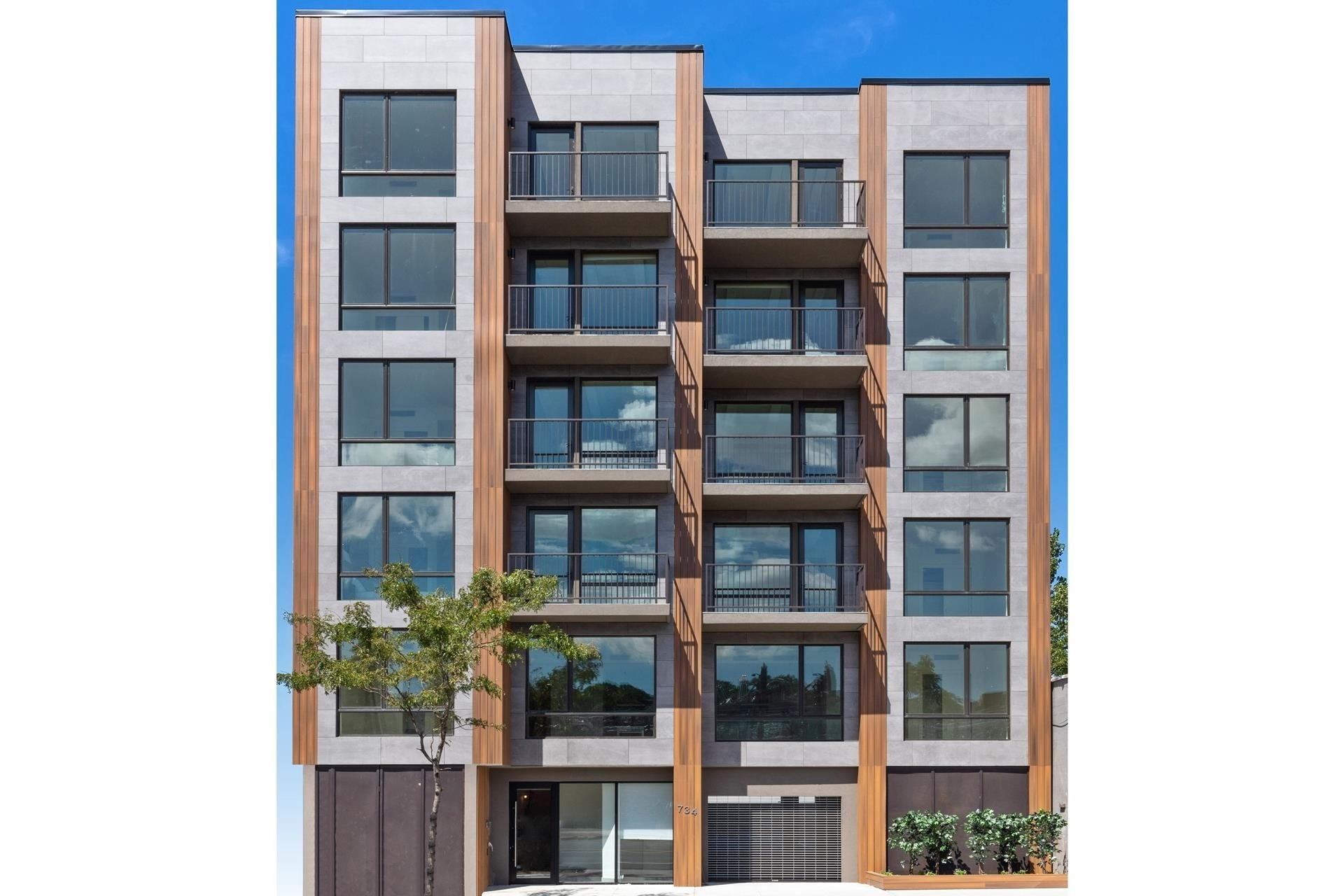 14. Condominiums for Sale at 734 Fifth Avenue, 6B Greenwood, Brooklyn, NY 11232