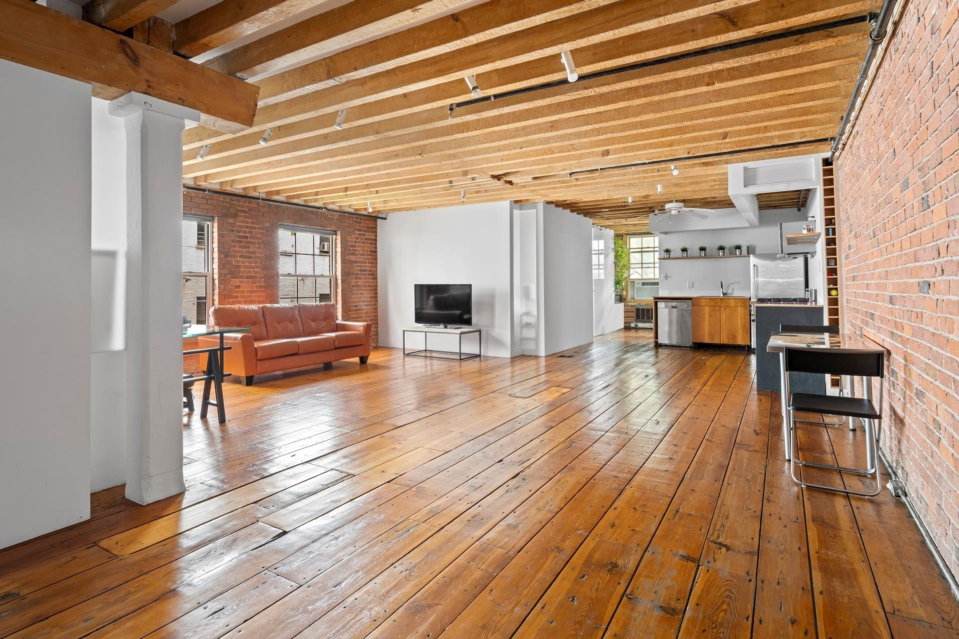 Co-op Properties for Sale at BUTTON FACTORY, 270 Water St, 4R South Street Seaport, New York, NY 10038