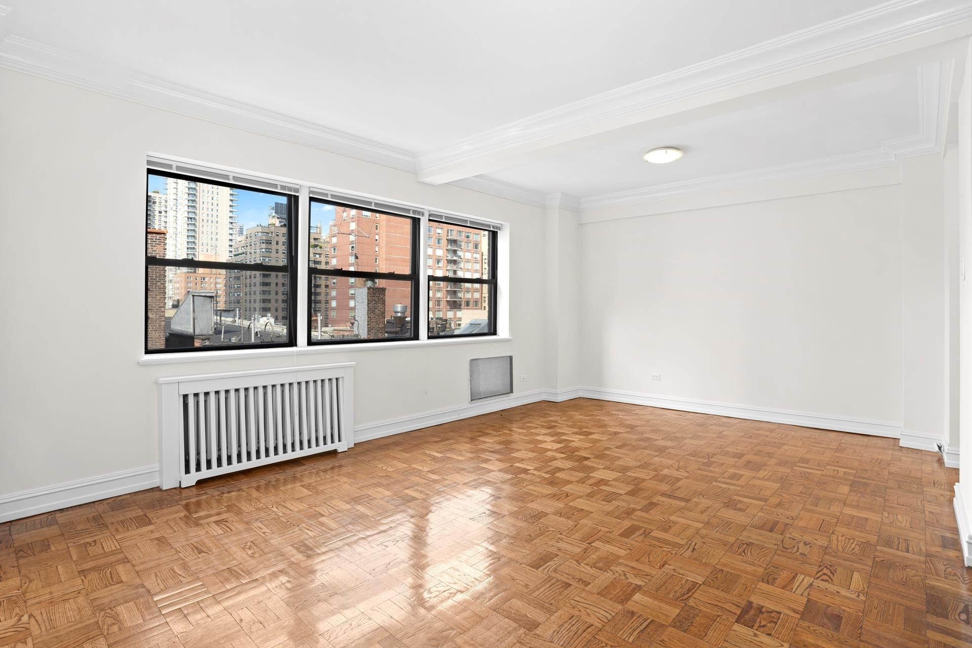 2. Rentals at 225 East 70th St, 7A New York