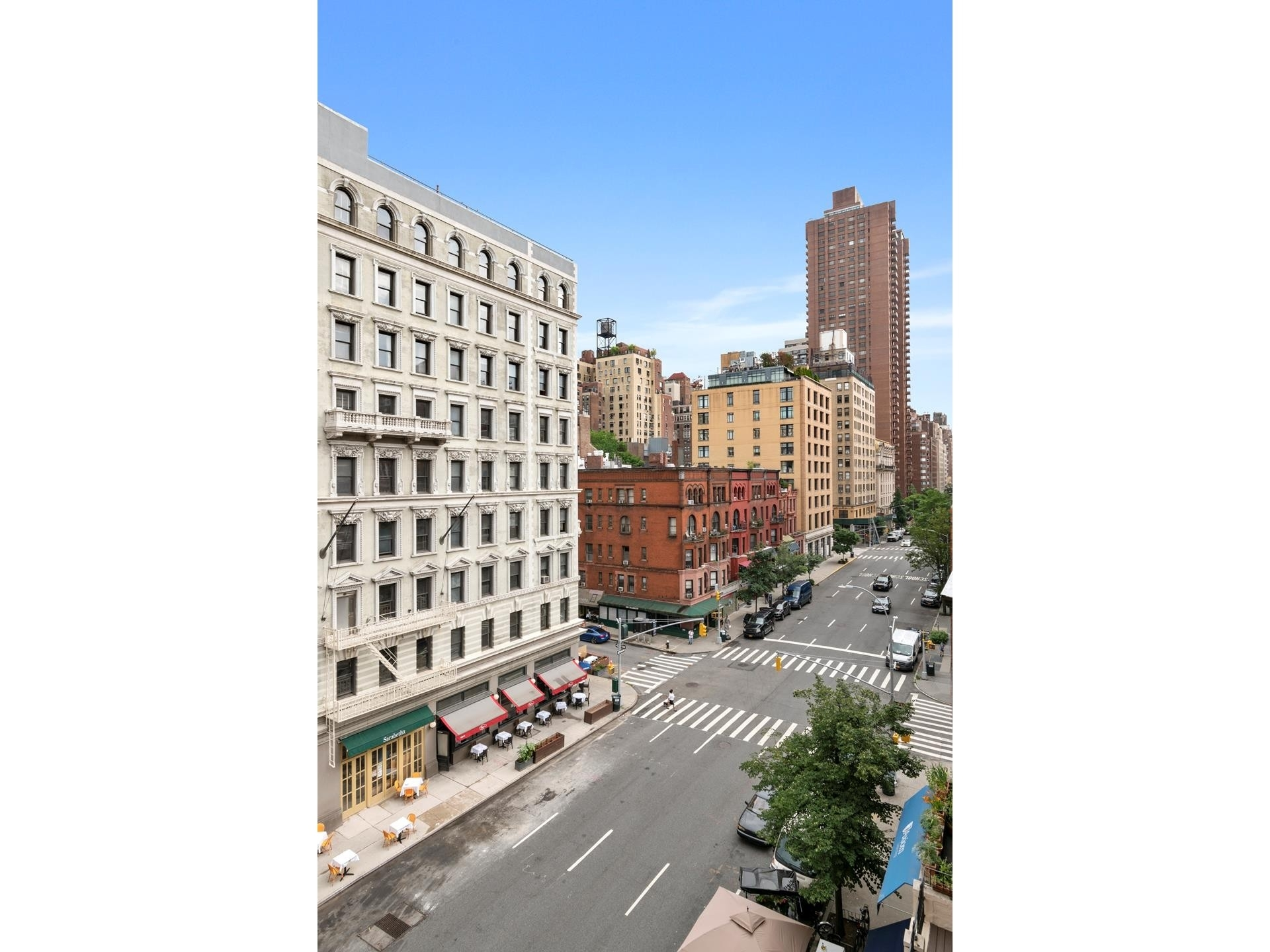2. Co-op Properties at 26 East 93rd St, 5AB Carnegie Hill, New York