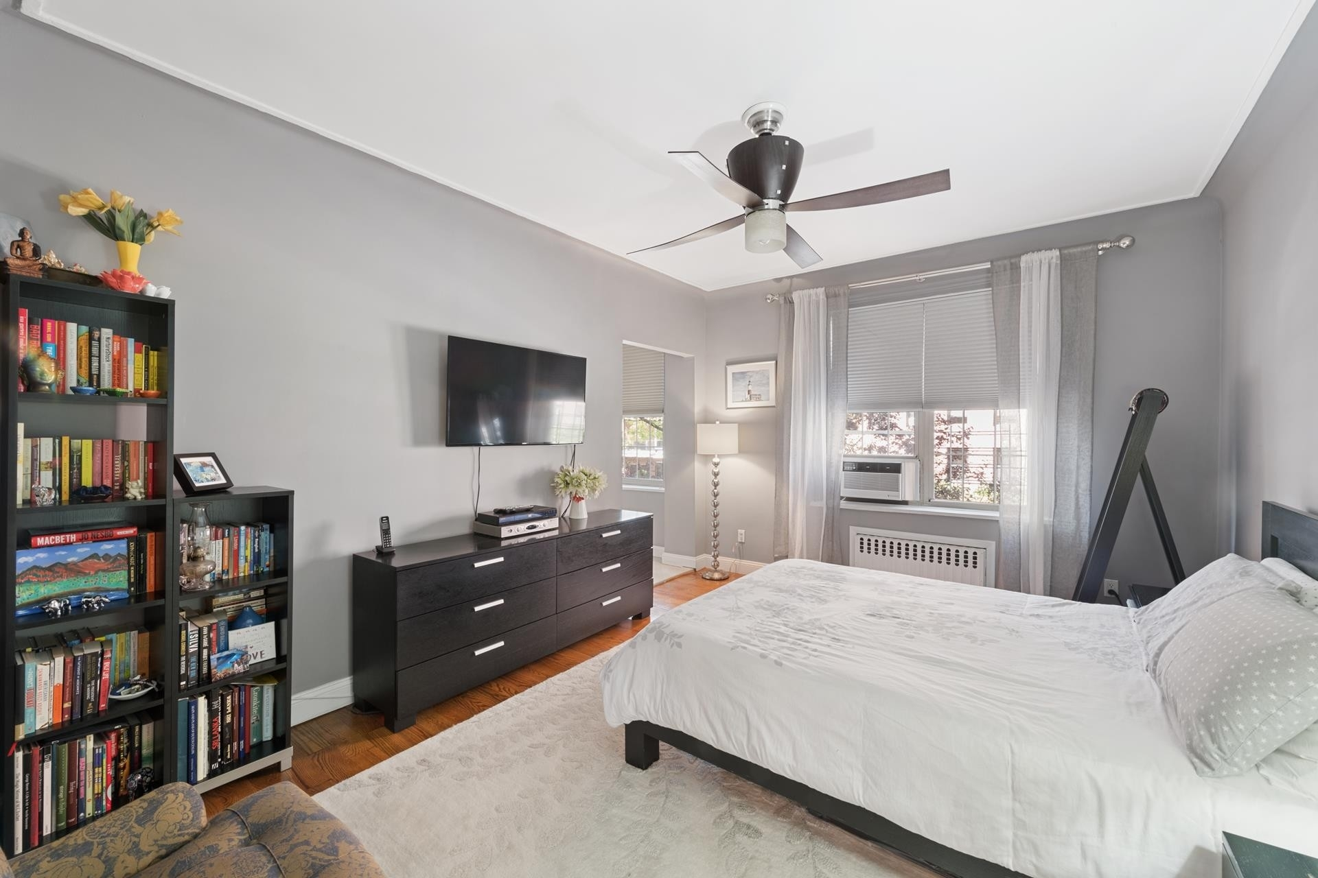 6. Condominiums for Sale at 83-09 Talbot Street, 2P Kew Gardens, Queens, NY 11415