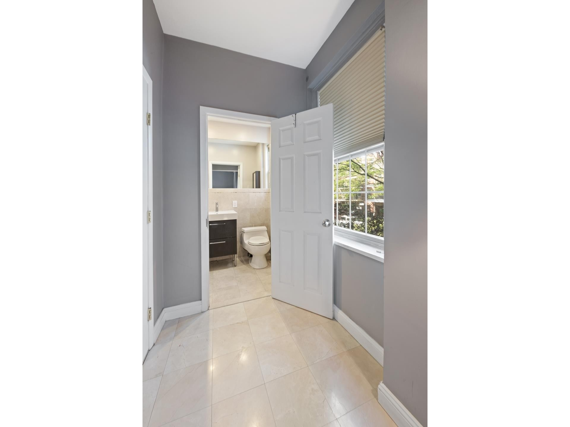 8. Condominiums for Sale at 83-09 Talbot Street, 2P Kew Gardens, Queens, NY 11415