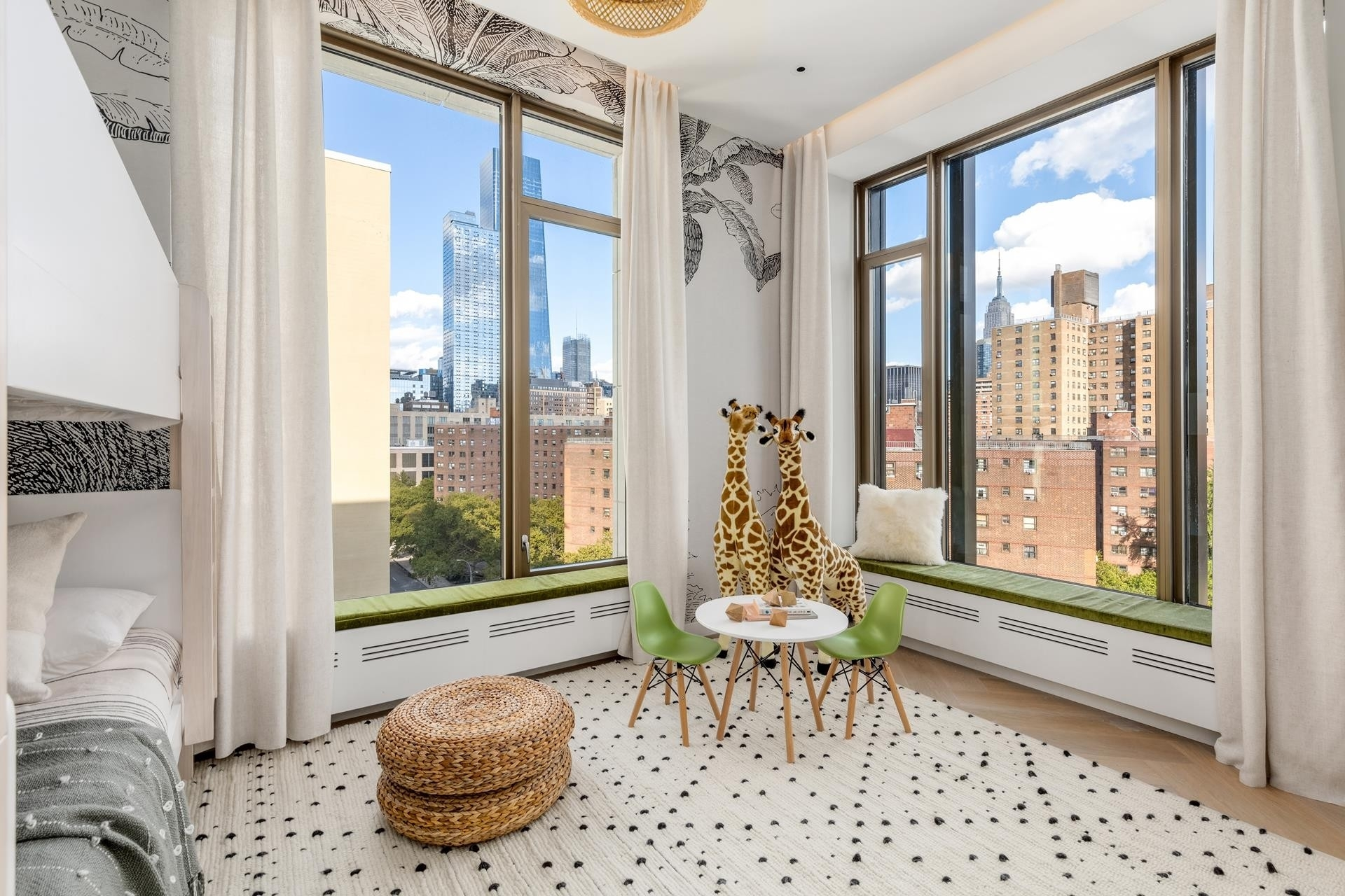 15. Condominiums for Sale at 500 W 25TH ST , PH Chelsea, New York, NY 10001