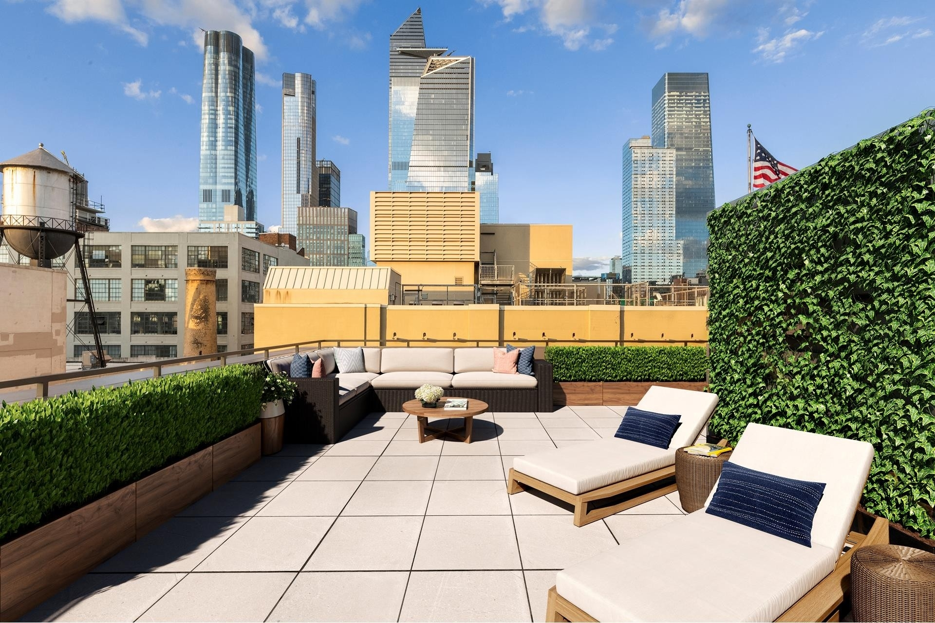 19. Condominiums for Sale at 500 W 25TH ST , PH Chelsea, New York, NY 10001