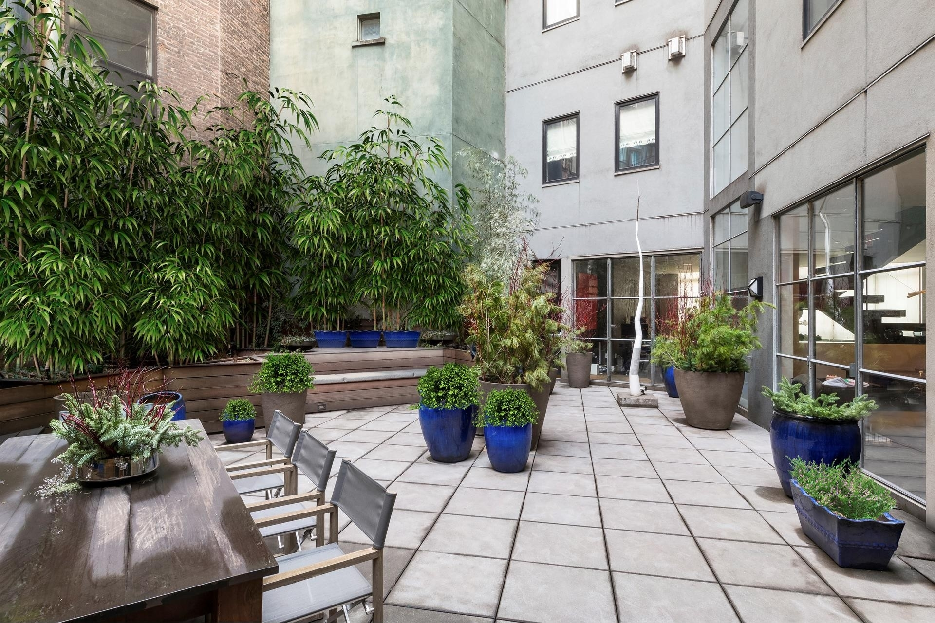 4. Condominiums for Sale at 1 North Moore St, TOWNHOUSE TriBeCa, New York, NY 10013