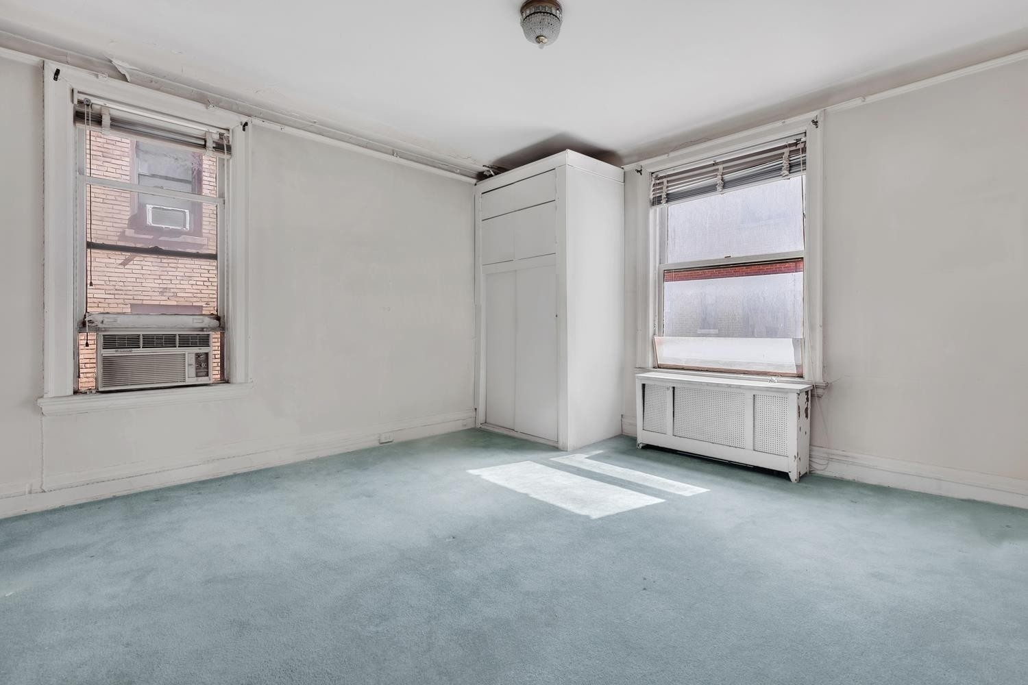 6. Co-op Properties 為 特賣 在 138 Apartment Corp., 138 East 36th St, 7C Murray Hill, 纽约, NY 10016