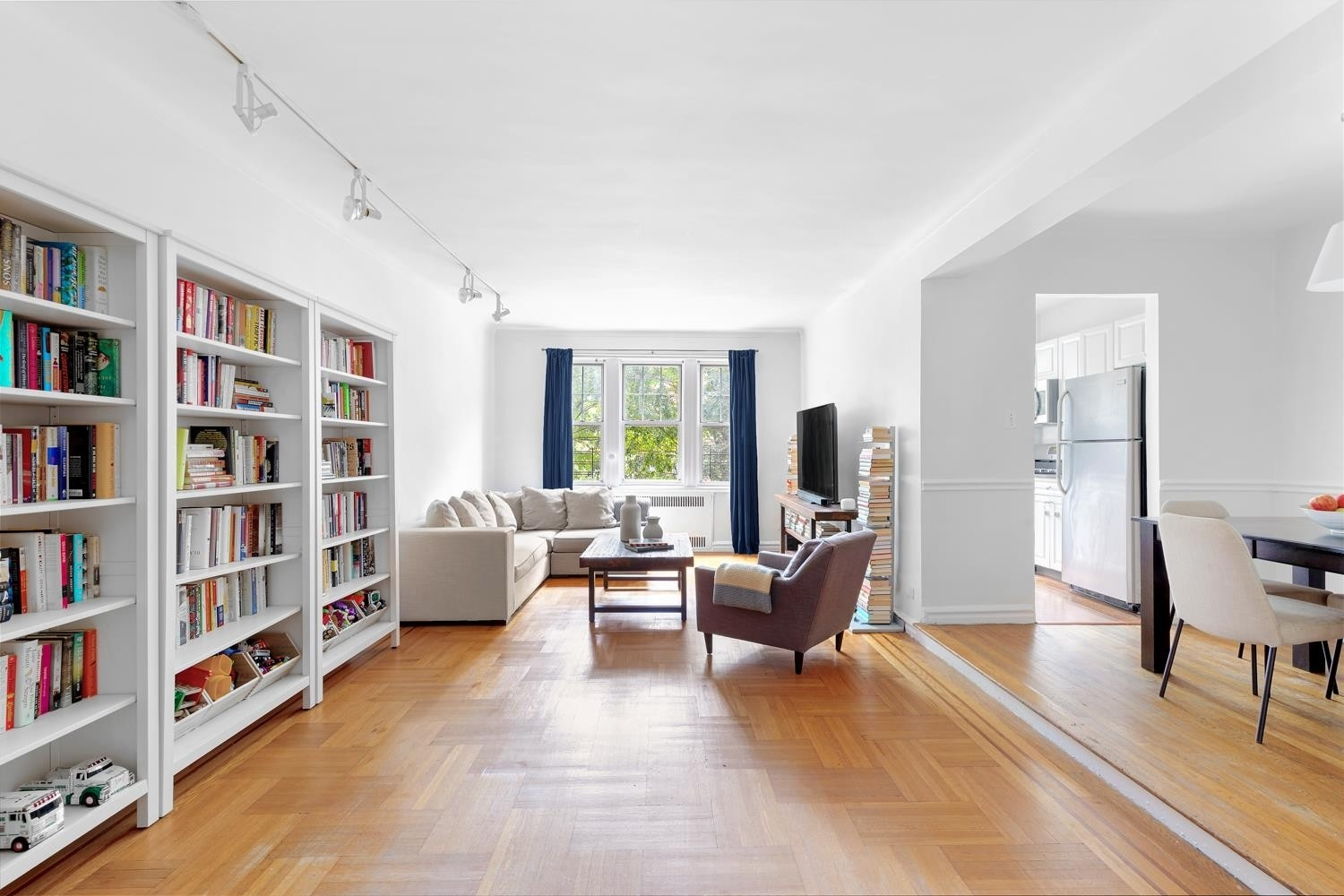 Co-op Properties for Sale at 601 East 19th St, 2T Ditmas Park, Brooklyn, NY 11226