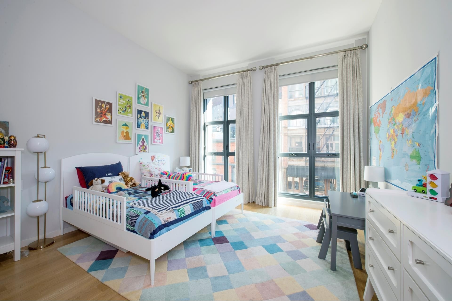 11. Condominiums for Sale at 11 North Moore St, 2C TriBeCa, New York, NY 10013