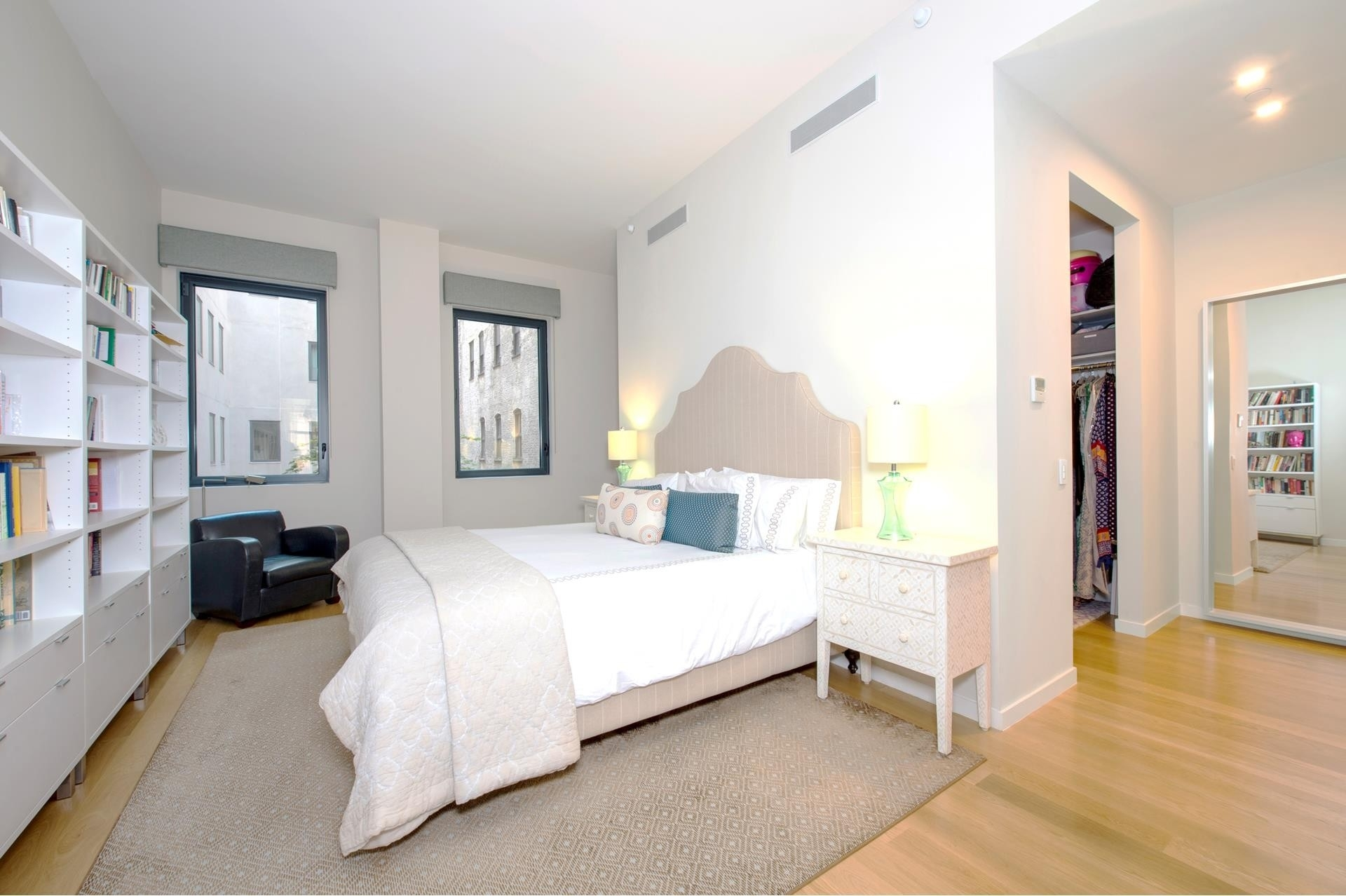 7. Condominiums for Sale at 11 North Moore St, 2C TriBeCa, New York, NY 10013
