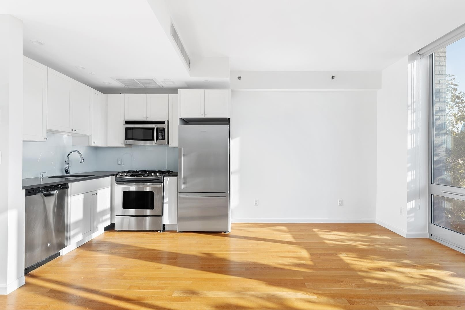Condominium для того Продажа на THE CARLTON, 82 Irving Pl, 5D Clinton Hill, Brooklyn, NY 11238