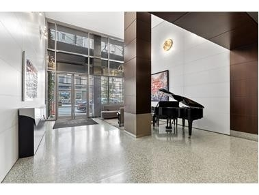 14. Condominiums for Sale at 100 West 58th St, 5H Midtown West, New York, NY 10019