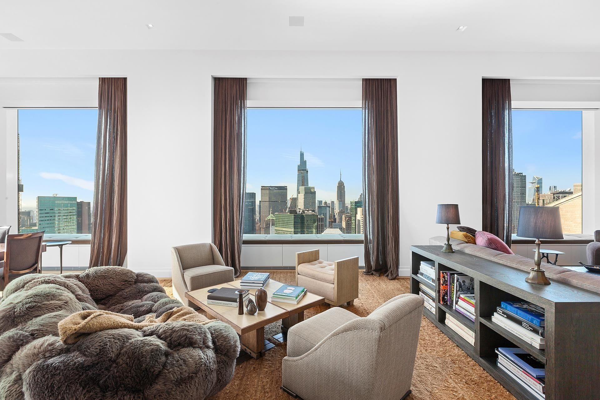 Property в 432 Park Avenue, 52B Midtown East, New York, NY 10022