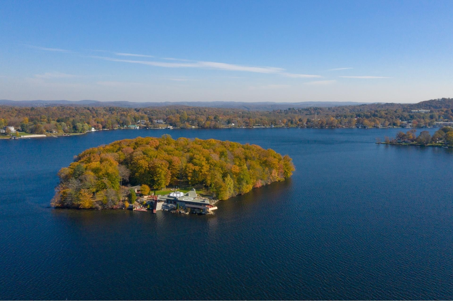 1. Single Family Homes pour l Vente à Carmel, NY 10512