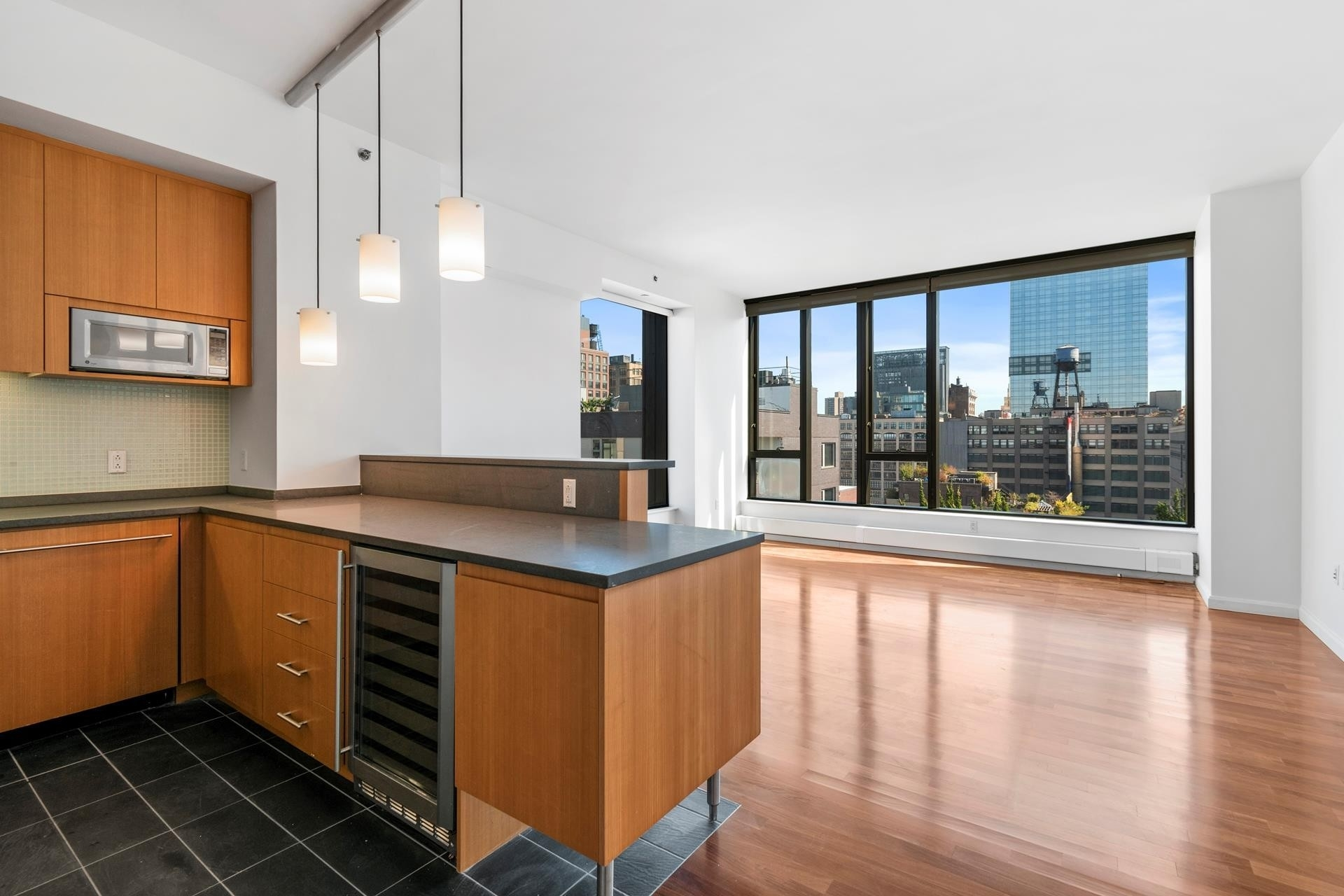Property в 505 Greenwich St, 12E Hudson Square, New York, NY 10013