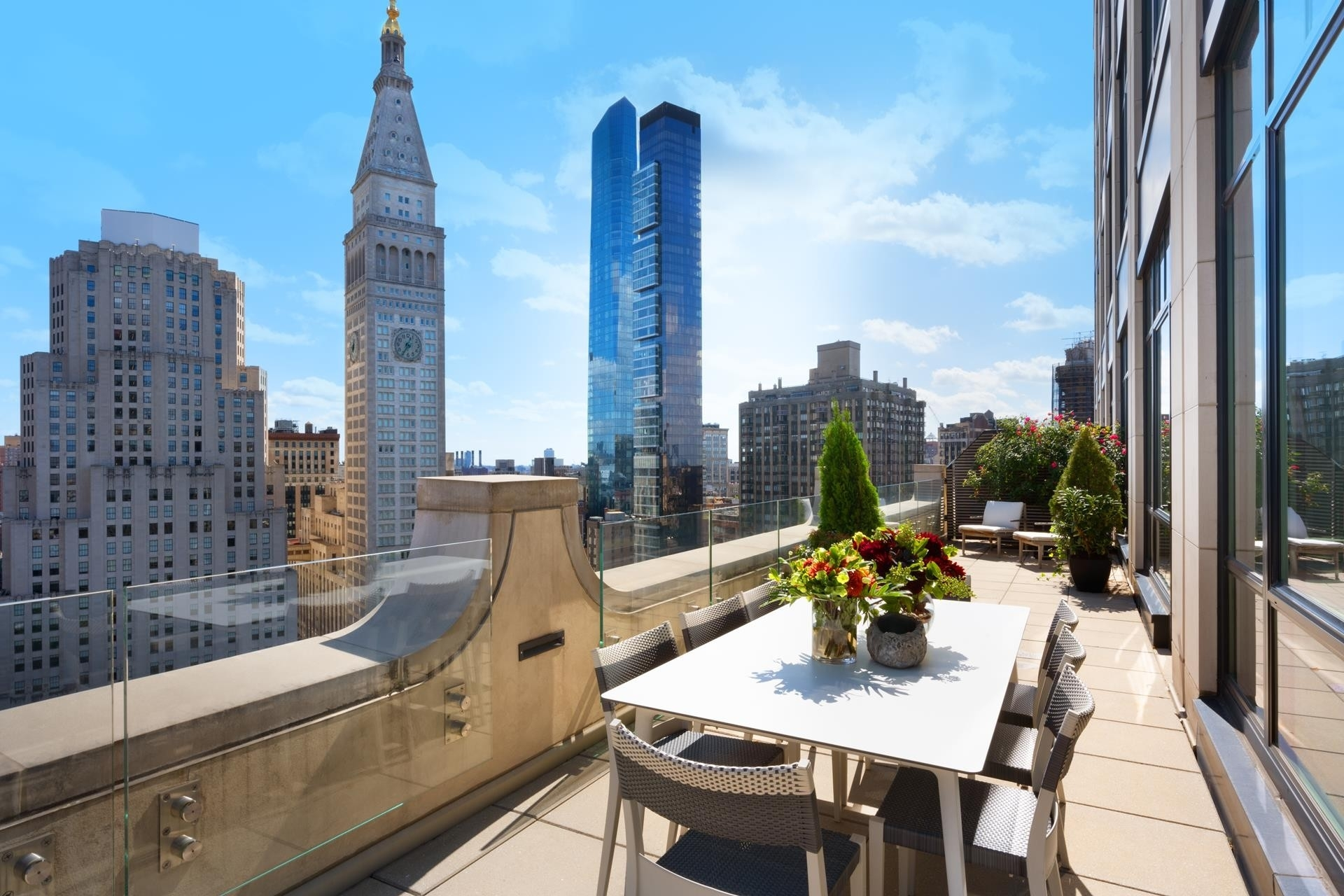 7. Condominiums por un Venta en 10 Madison Square West, 18C Flatiron District, New York, NY 10010