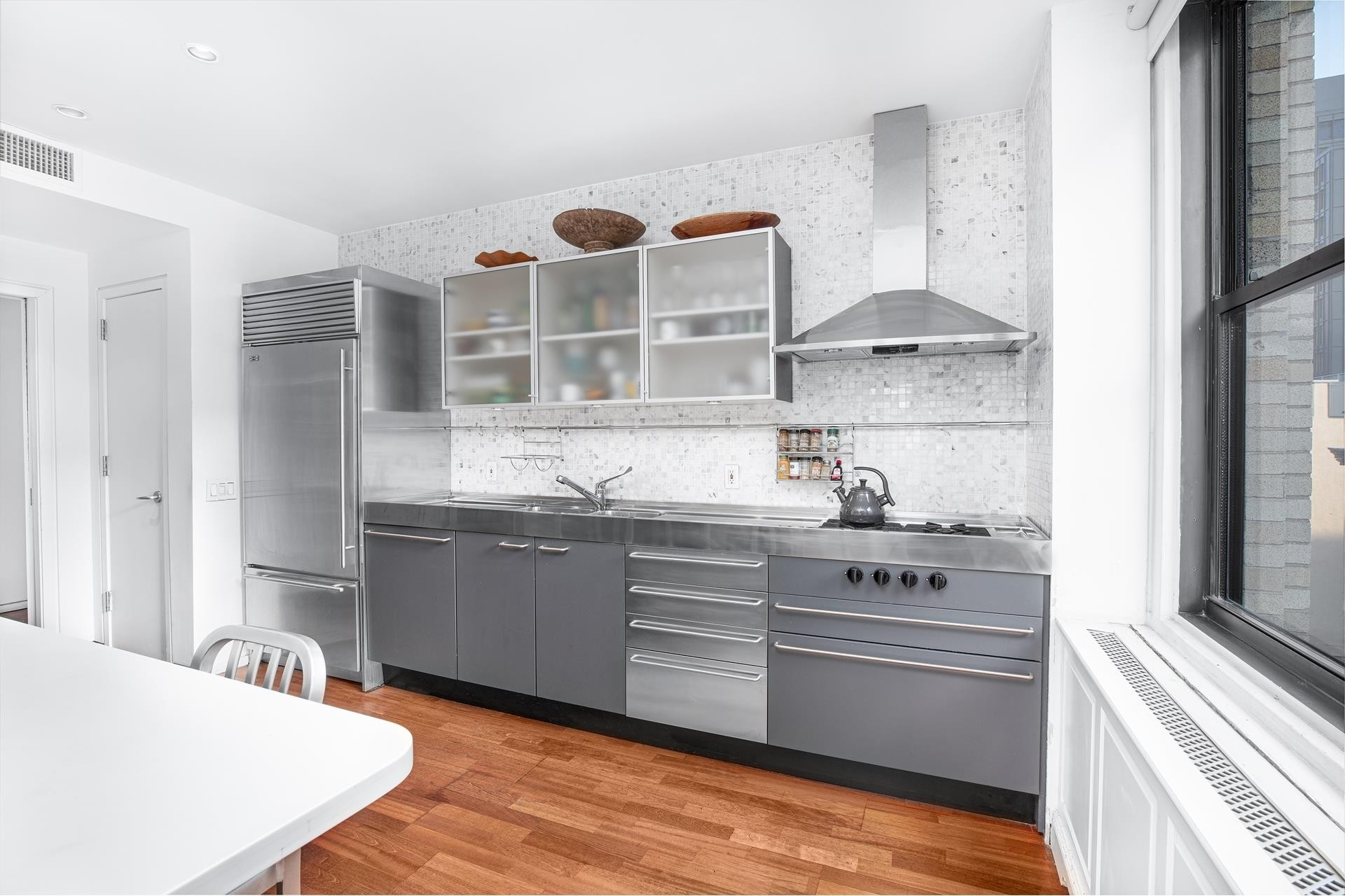 2. Condominiums for Sale at FRANKLIN TOWER, 90 Franklin St, 7S TriBeCa, New York, NY 10013