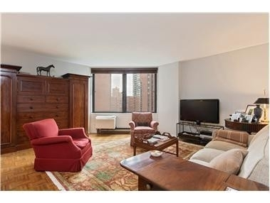4. Rentals en Ruppert Towers 2, 1619 THIRD AVE , 11C Yorkville, New York, NY 10128