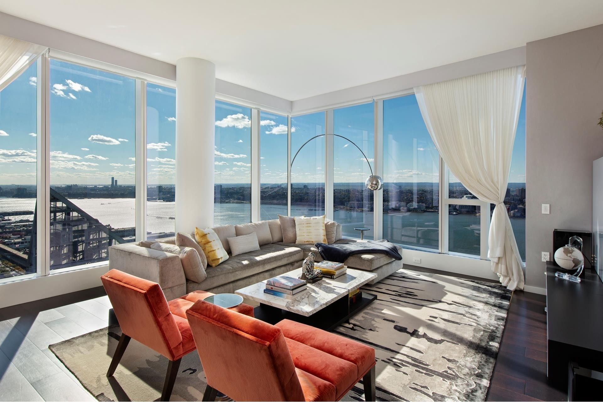 Condominium для того Продажа на One West End, 1 WEST END AVE W, 40C Lincoln Square, New York, NY 10023