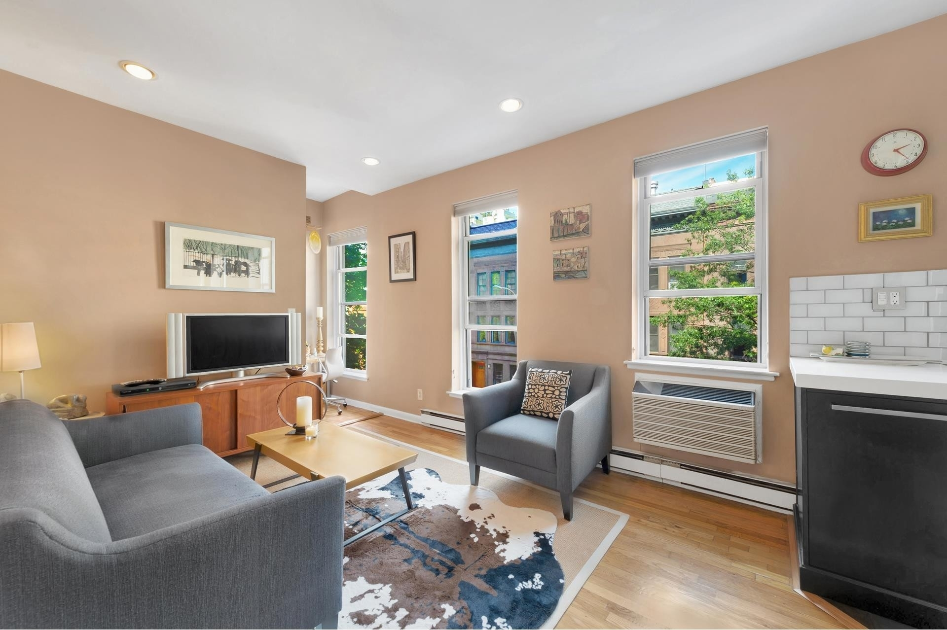 Co-op Properties for Sale at 320 West 84th St, 3A Upper West Side, New York, NY 10024