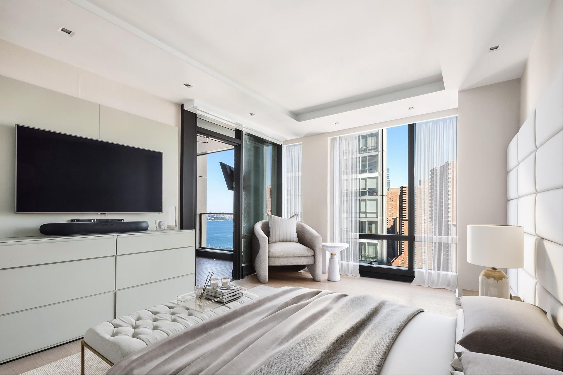 9. Condominiums for Sale at 101 Warren St, 2420 TriBeCa, New York, NY 10007