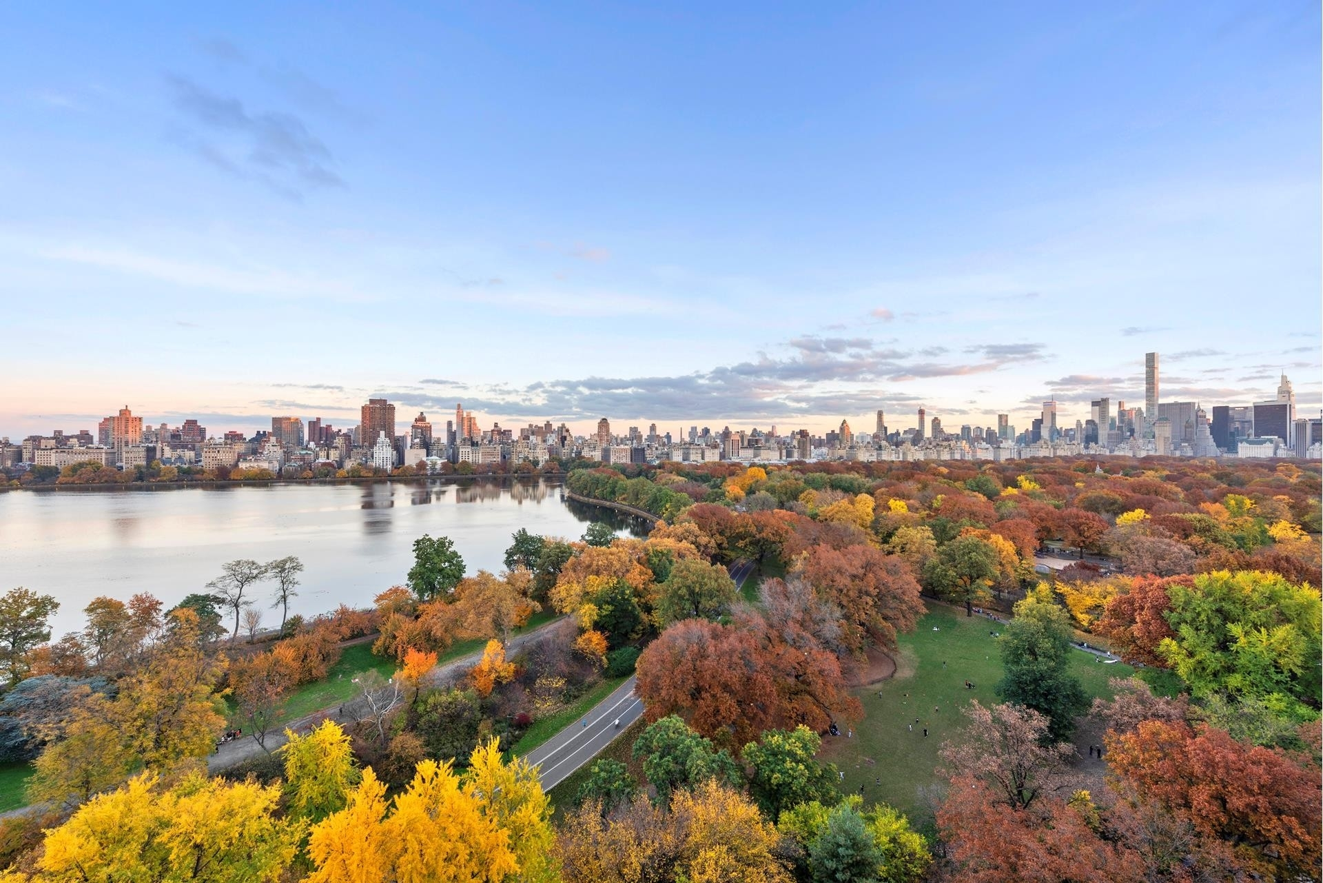 7. Condominiums for Sale at 279 CPW, 279 Central Park West, PHBA Upper West Side, New York, NY 10024