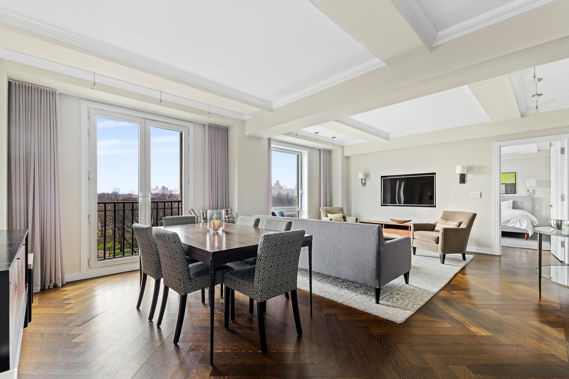 Condominium à Essex House, 160 CENTRAL PARK S, 705 Central Park South, New York, NY 10019
